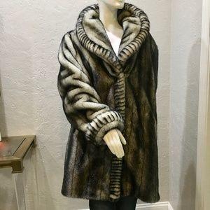 Dennis Basso Faux fur coat / XL